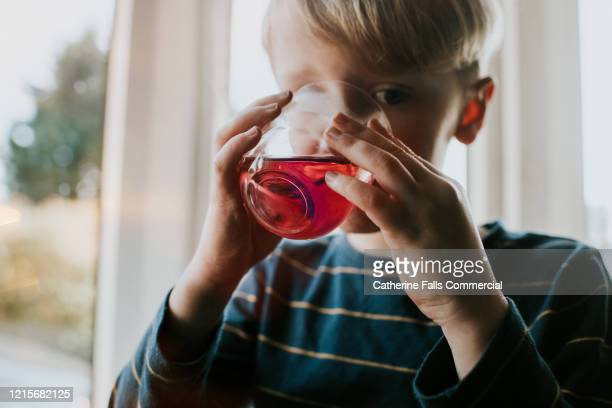 diluted juice - drink stock pictures, royalty-free photos & images