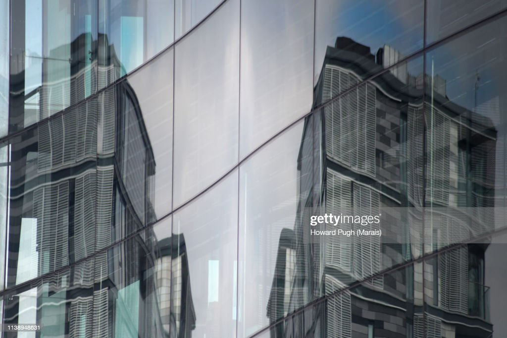 Dimensional Reflections : Stock-Foto