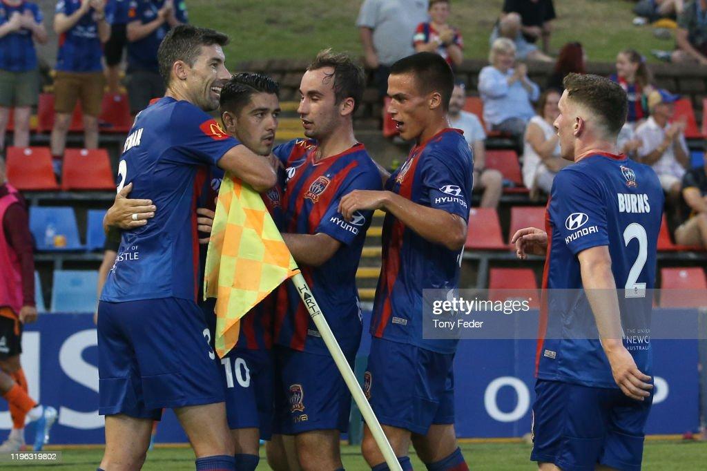 A-League Rd 12 - Newcastle v Brisbane : News Photo