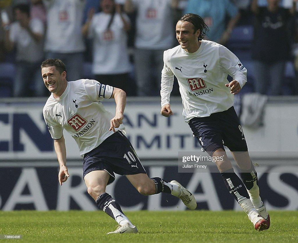 Wigan Athletic v Tottenham Hotspur : News Photo