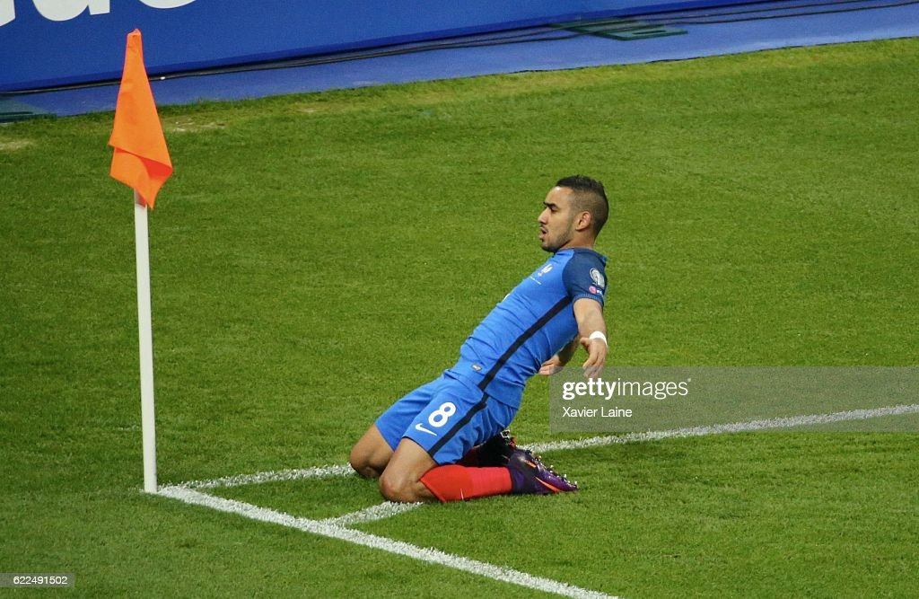 Dimitri Payet of France celebrates his goal during the Qualifying Groupe A FIFA World Cup 2018 between France and Sweden at Stade de France on november 11, 2016 in Paris, France.