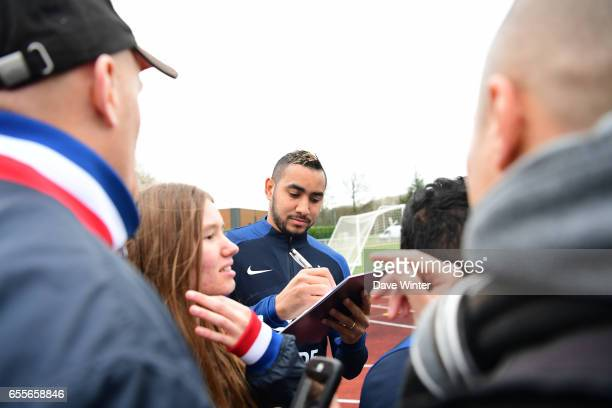 Dimitri Payet of France during the trainig session of the soccer french national team at Centre National du Football on March 20 2017 in...