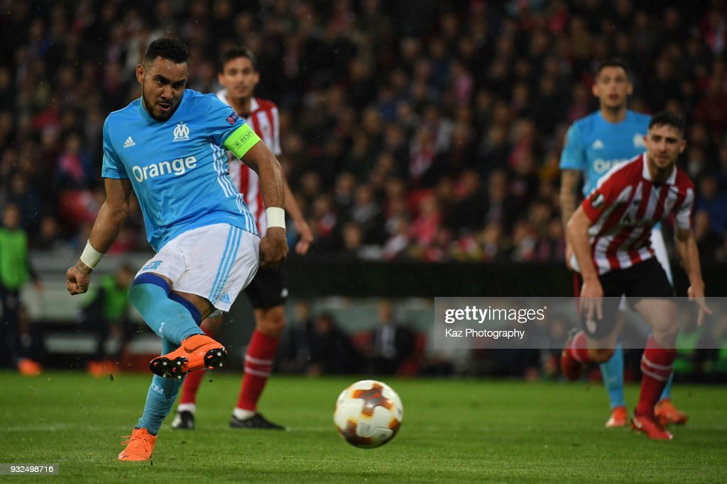 Dimitri Payet of Marseille scores the opener from the penalty spot during UEFA Europa League Round of 16, 2nd leg match between Athletic Bilbao and Marseille at the San Mames Stadium on March 15, 2018 in Bilbao, Spain.