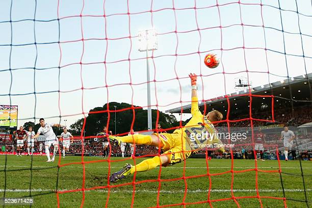 Dimitri Petratos of the Roar kicks a penalty goal during the ALeague Semi Final match between the Western Sydney Wanderers and the Brisbane Roar at...