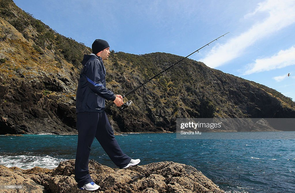 France Squad Heli-Fishing On Great Barrier Island