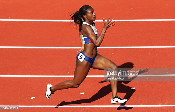 Dina AsherSmith of Great Britain competes in the Semi final of the Women's 200m during Day One of The European Athletics Championships at Olympic...