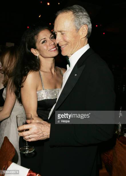 Dina Eastwood and Clint Eastwood winner Best Picture and Best Director for Million Dollar Baby
