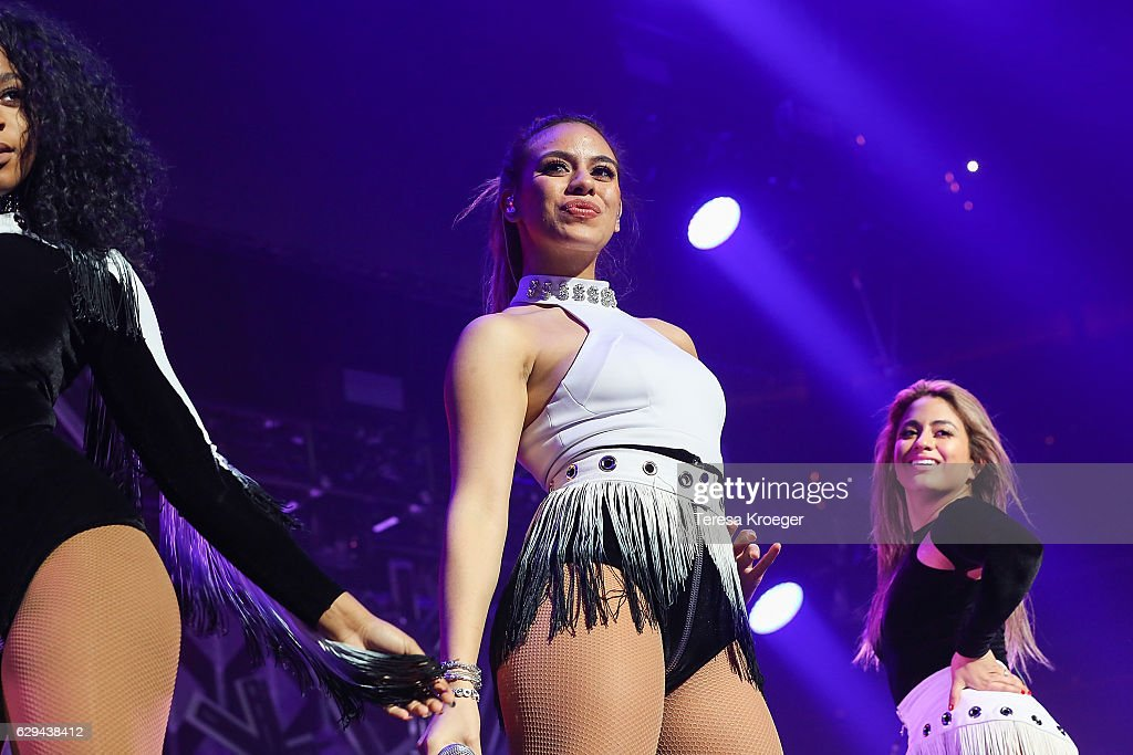 Dinah Jane Hansen And Ally Brooke Of Fifth Harmony Perform At Hot News Photo Getty Images