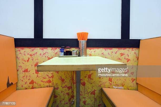diner booth - diner stock pictures, royalty-free photos & images