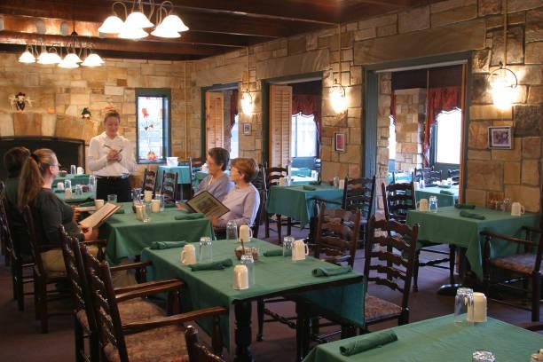 Diners Inside The Mountain Inn Restaurant Pictures Getty Images - Table mountain inn restaurant