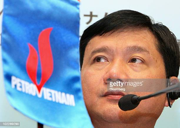 Dinh La Thang chairman of Vietnam Oil Gas Group also known as PetroVietnam listens during a news conference following a Vietnam investment seminar in...