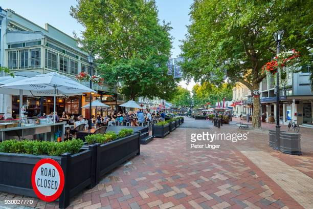 dining in the city of nelson, nelson, south island, new zealand - nelson city new zealand stock pictures, royalty-free photos & images