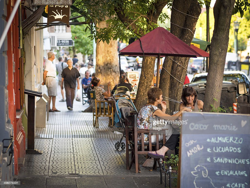 Dining outdoors, Buenos Aires : Stock Photo