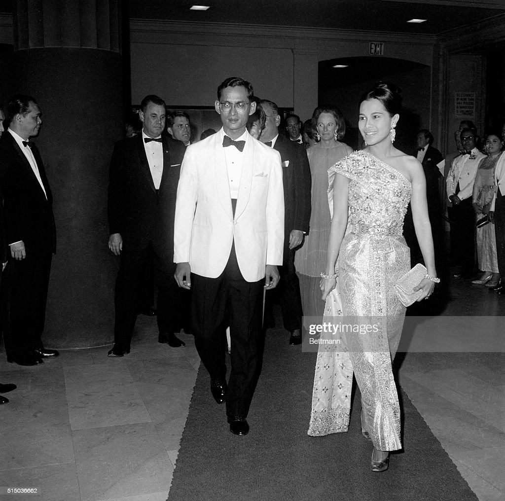 Thailand's King and Queen : News Photo