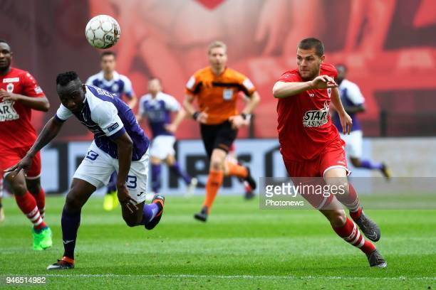 Dino Arslanagic defender of Antwerp FC Jacques Zoua of Beerschot Wilrijk during the Jupiler Pro League play off 2 match between Royal Antwerp FC and...