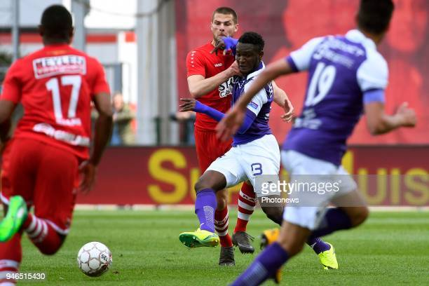 Dino Arslanagic defender of Antwerp FC Richard Kule Mbombo of Beerschot Wilrijk during the Jupiler Pro League play off 2 match between Royal Antwerp...