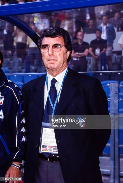 Dino Zoff head coach of Italy during the European Championship match between Turkey and Italy at GelreDome, Arnhem, Netherlands, on 11 June 2000