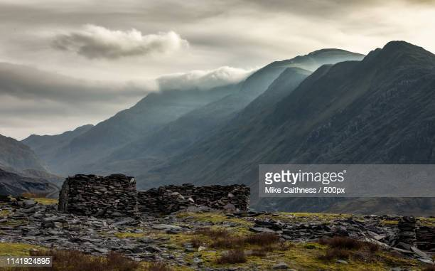 dinorwig view - mike caithness stock pictures, royalty-free photos & images