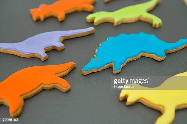 恐竜形のクッキー