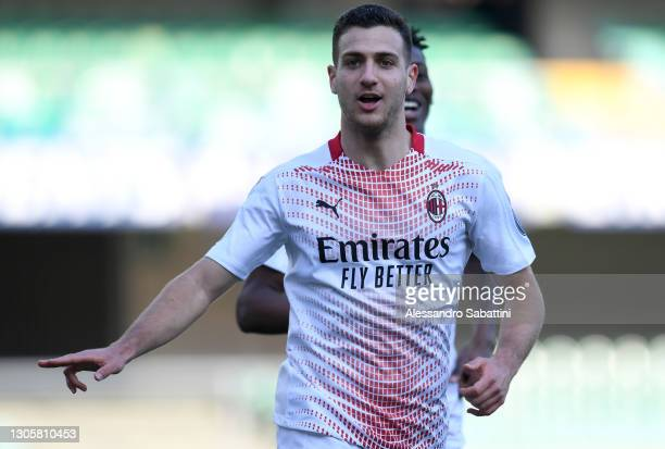Diogo Dalot of A.C. Milan celebrates after scoring their side's second goal during the Serie A match between Hellas Verona FC and AC Milan at Stadio...