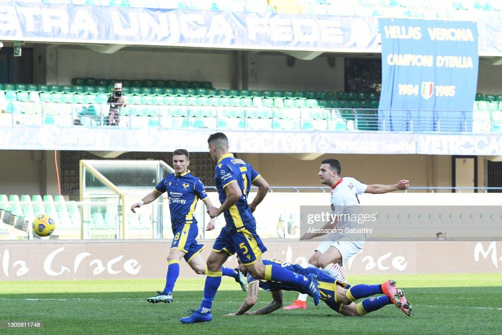 Hellas Verona FC  v AC Milan - Serie A : News Photo