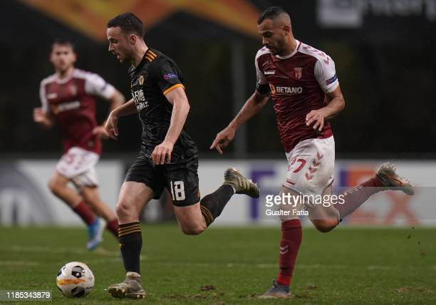 Diogo Jota of Wolverhampton Wanderers with Fransergio of SC Braga in action during the Group K UEFA Europa League match between SC Braga and...