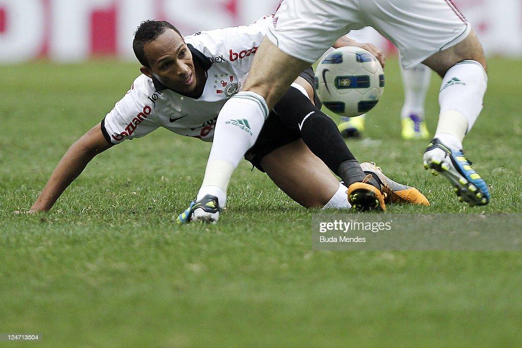 Fluminense v Corinthians - Serie A : ニュース写真