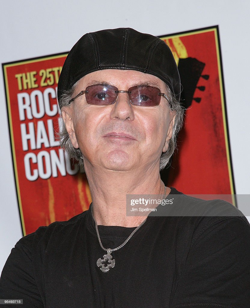 25th Anniversary Rock & Roll Hall Of Fame Concert - Night 1 - Press Room