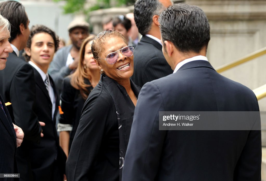 Dionne Warwick attends funeral services for entertainer Lena Horne at St. Ignatius Loyola Church on May 14, 2010 in New York City.