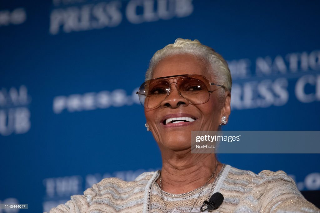Dionne Warwick At National Press Club Private Screening And Dinner : News Photo