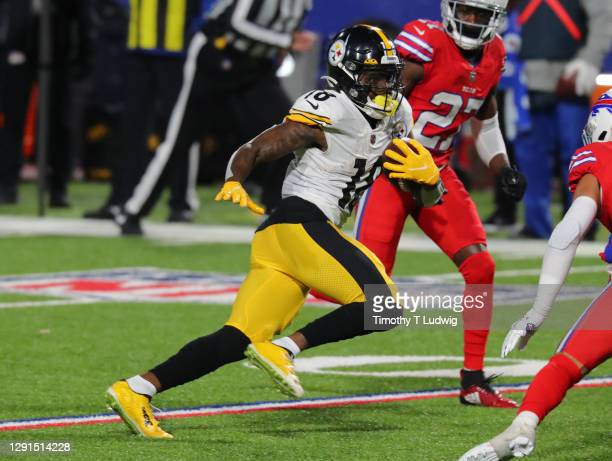 Diontae Johnson of the Pittsburgh Steelers runs the ball against the Buffalo Bills at Bills Stadium on December 13, 2020 in Orchard Park, New York.