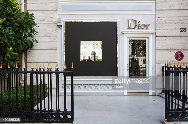 dior boutique magasin - dior couture photos et images de collection