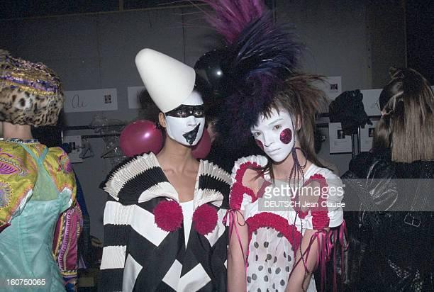 Dior Couture Collection Spring Summer 2002 By J Galliano Le 21 janvier 2002 défilé haute couture dans le cadre de la présentation de la Collection...