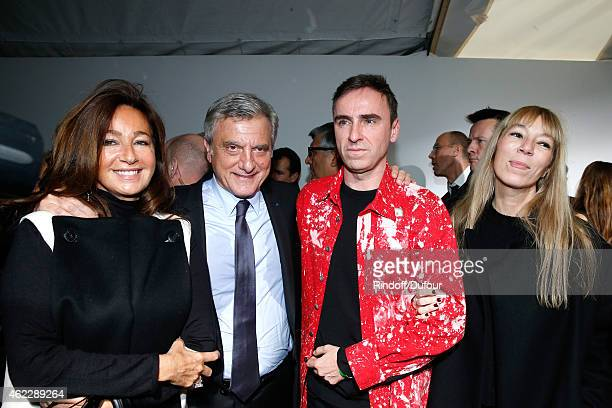 CEO Dior Sidney Toledano his wife Katia Fashion Designer Raf Simons and Victoire de Castellane pose backstage after Christian Dior show as part of...