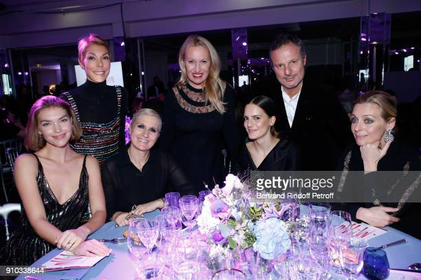 Dior Table Arizona Muse Mathilde Favier Maria Grazia Chiuri Diana Widmaier Picasso guest Olivier Bialobos and Melanie Laurent attend the 16th...