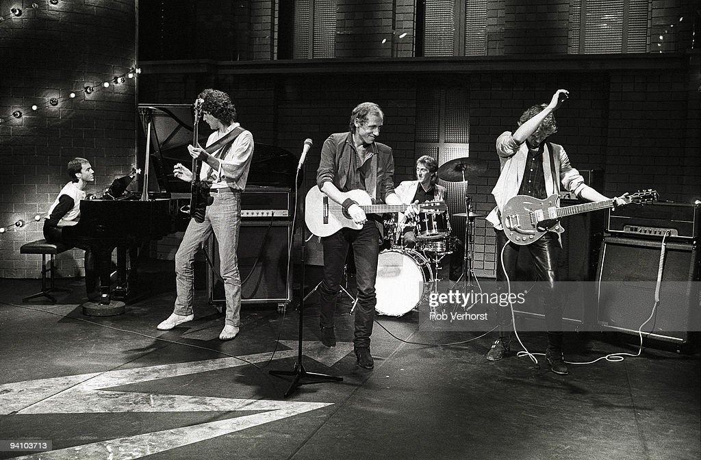 Dire Straits Perform Live On Top Pop : News Photo