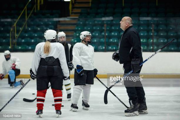 directing the team during practice - coach stock pictures, royalty-free photos & images