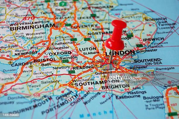 richtung-london - südostengland stock-fotos und bilder