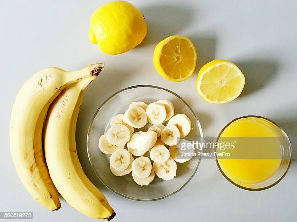 Directly Above Shot Of Bananas And Lemon On Table