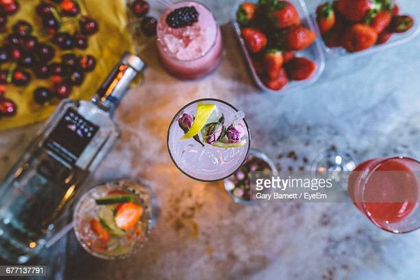 directly above shot of cocktails and fruits on table - tonic water stock pictures, royalty-free photos & images