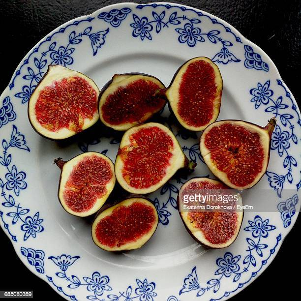 Directly Above Shot Of Halved Figs In Plate On Table