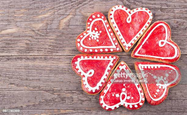 Directly Above Shot Of Heart Shape Gingerbread Cookies On Table