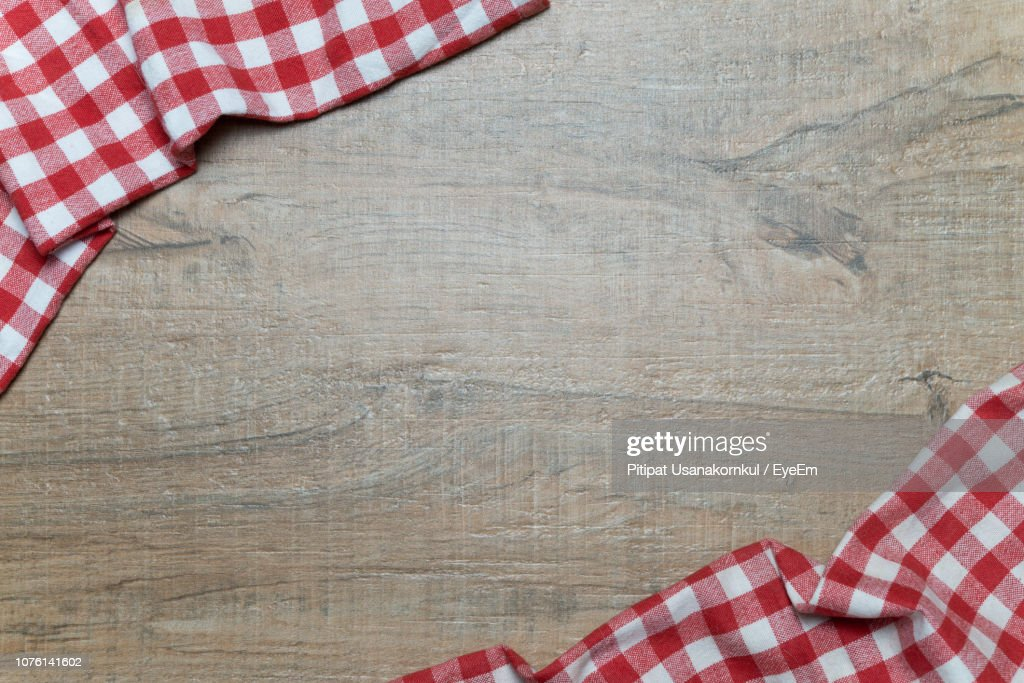 Directly Above Shot Of Tablecloth On Table : Foto de stock