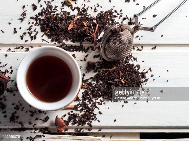 directly above shot of tea on table - black tea stock pictures, royalty-free photos & images