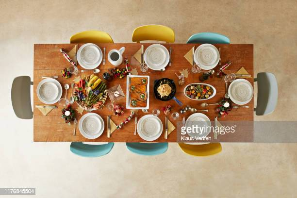 directly above shot of vegan christmas meal on table at home - 真俯瞰 ストックフォトと画像