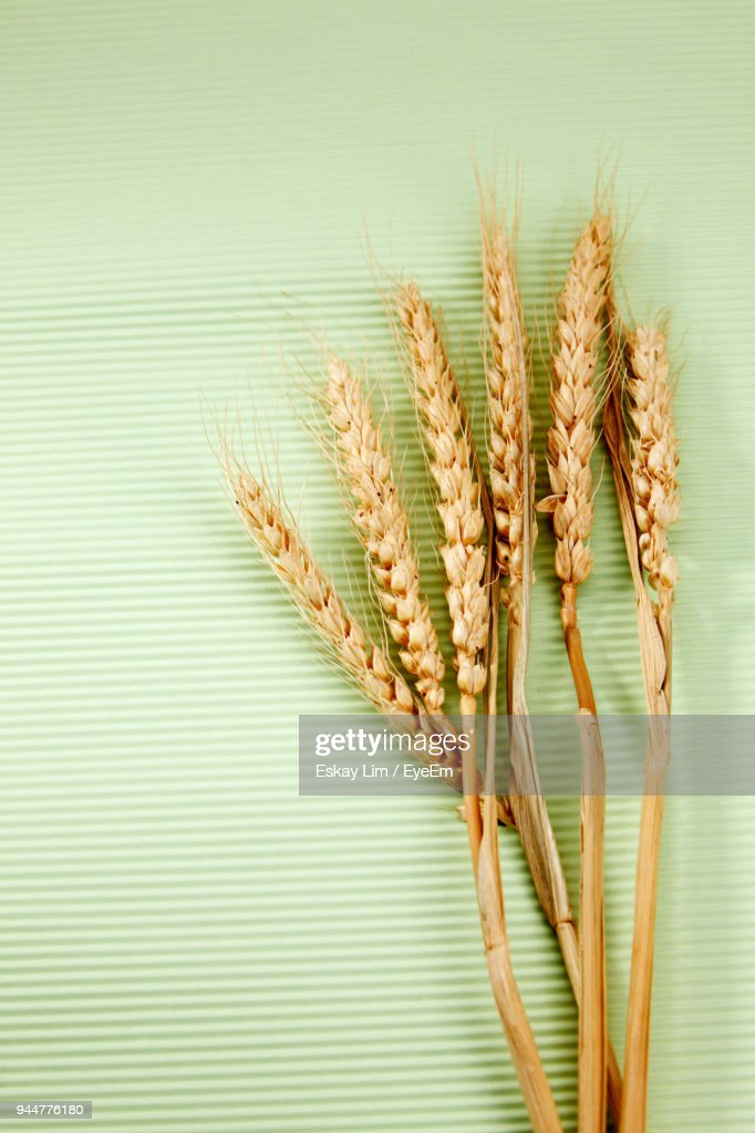 Directly Above Shot Of Wheat On Table : Stock Photo