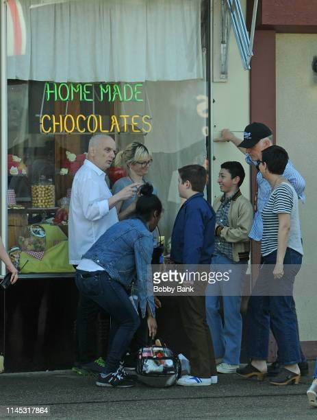 Director Alan Taylor David Chase William Ludwig and Matteo Russo on location at Holsten's Ice Cream Parlor site of the Sopranos finale for The Many...