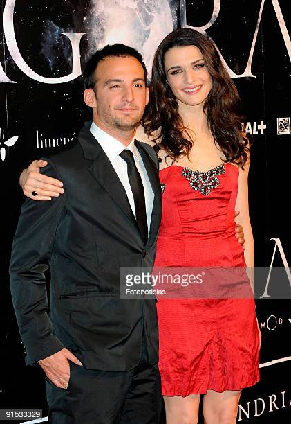 """Director Alejandro Amenabar and actress Rachel Weisz attend the """"Agora"""" premiere at Kinepolis Cinema on October 6, 2009 in Madrid, Spain."""