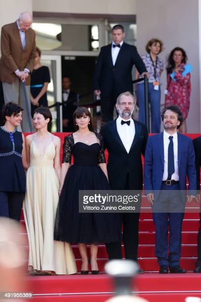 Director Alice Rohrwacher actors Alba Rohrwacher Monice Ballucci Sam Louwyck producer Carlo CrestoDina attend the 'La Meraviglie' premiere during the...