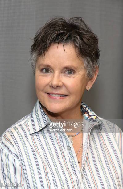 Amanda Bearse Nude Photos 52